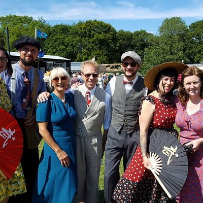 Cinque Ports Lindy Hoppers: Isle of Wight - Havenstreet 1940s Weekend - July 2017 - 2017 troupe in 1940s Civilian outfites - Photo courtesy of Louise Pietrzykowska
